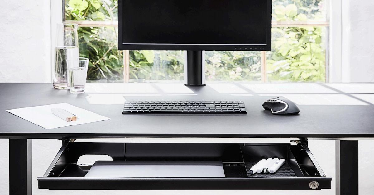 Sådan holder du nemt orden på dit skrivebord
