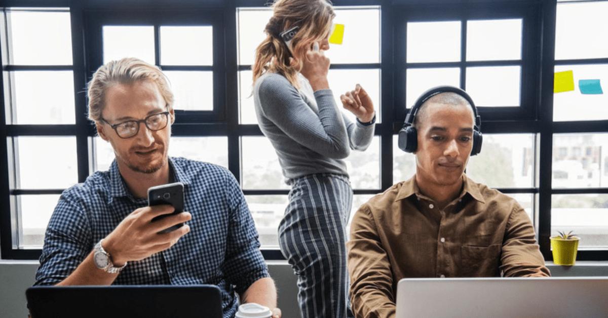Sådan forebygger du forstyrrende støj på din arbejdsplads