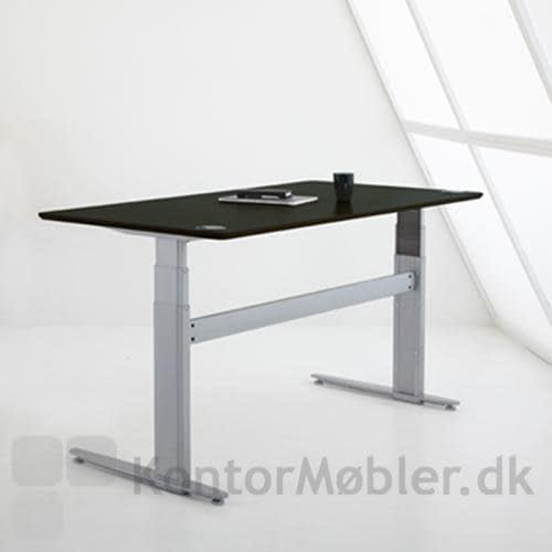 Conset 501-29 med bordplade i sort laminat