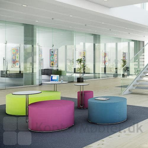 Call puf ses her i et kontor miljø