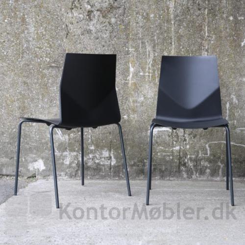 Four Cast´2 Four stol med sort sæde og sorte ben
