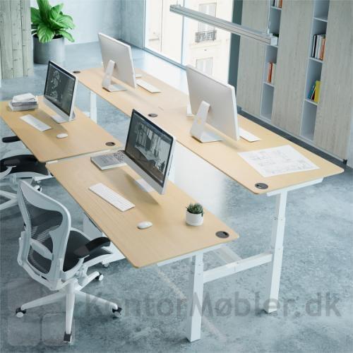 Conset 501-88 dobbeltbord giver en individual arbejdsplads, hvor man samtidig kan arbejde sammen